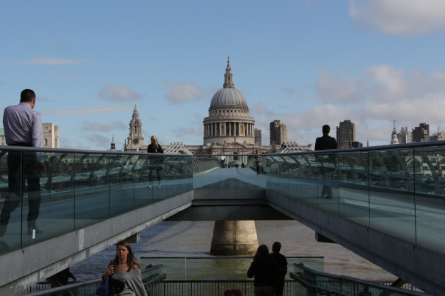 A view of St. Paul's Cathedral from the Millenium Bridge (London)